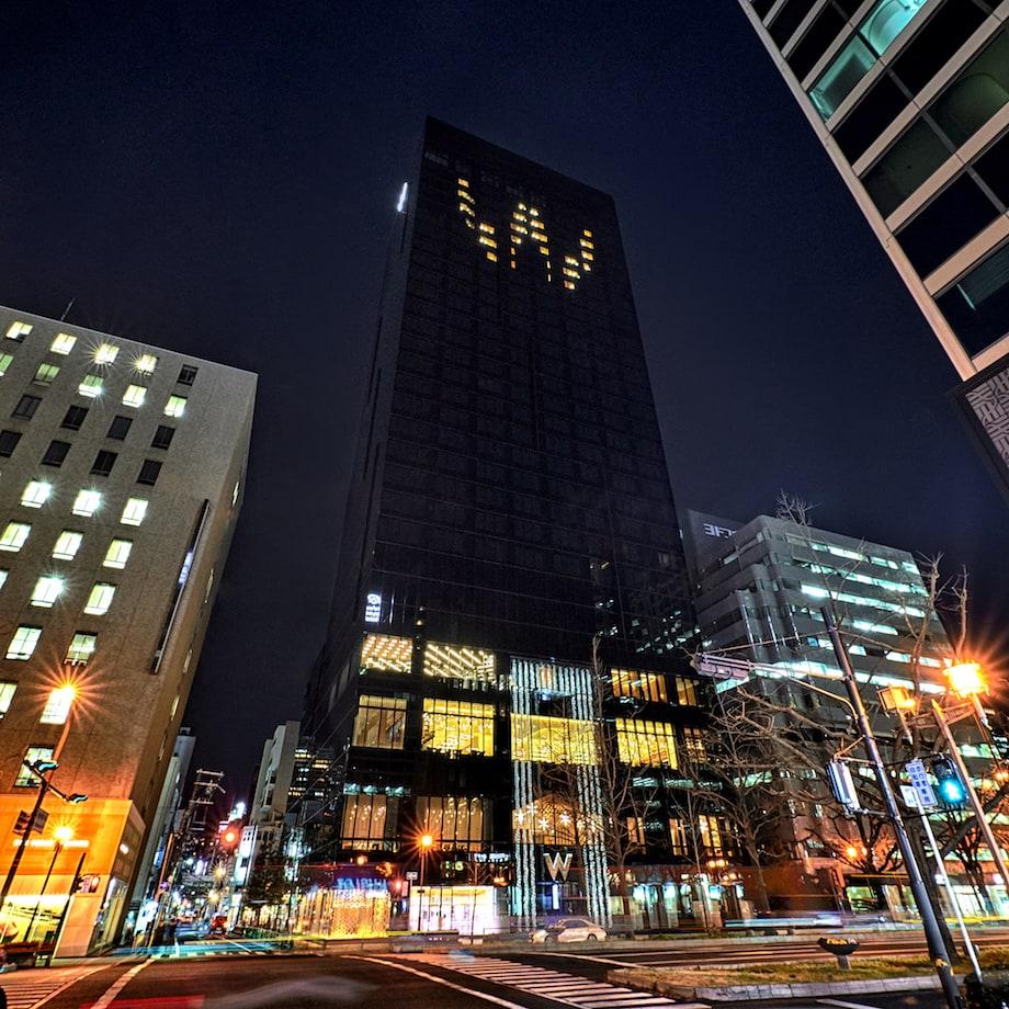 大阪〈W Osaka〉外観