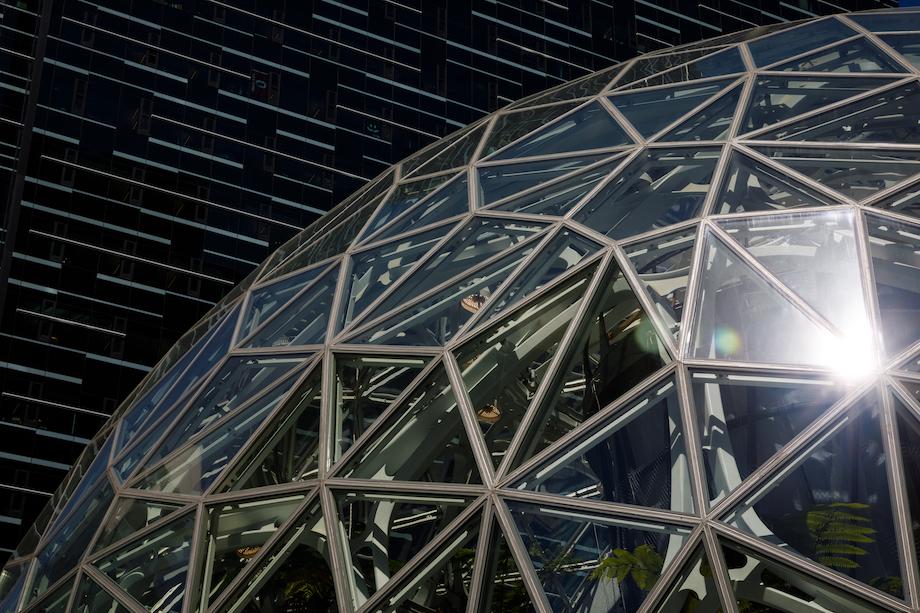 Amazon Sphere(アマゾン スフィア)©︎Amazon