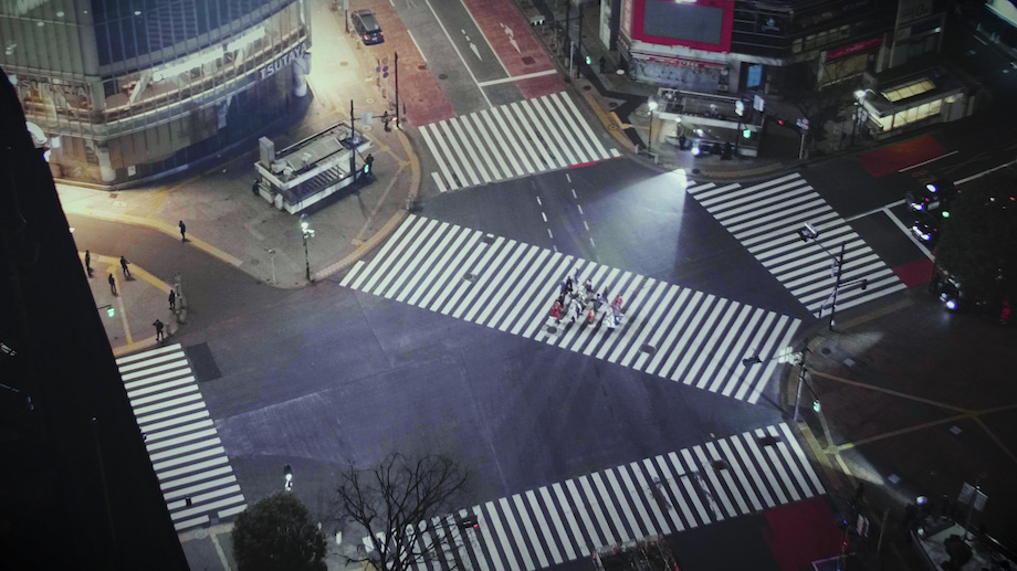 """渋谷ファッションウイーク2021春 SHIBUYA RUNWAY """"THE DESIGNER""""会場"""