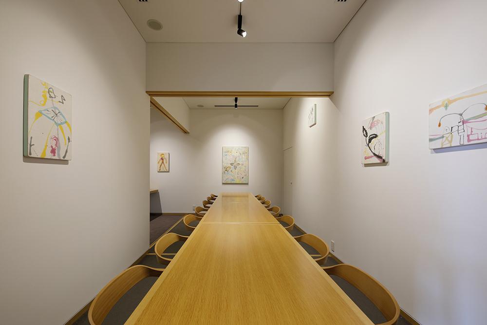 富山県美術館「BiBiBi & JURULi(ビビビとジュルリ)」店内