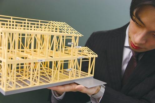 大型本『建築模型で学ぶ!木造軸組構法の基本[第3版]』組み立てキット完成