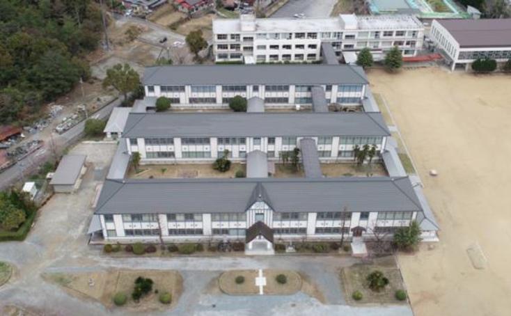 〈旧西脇尋常高等小学校」俯瞰 写真提供:西脇市