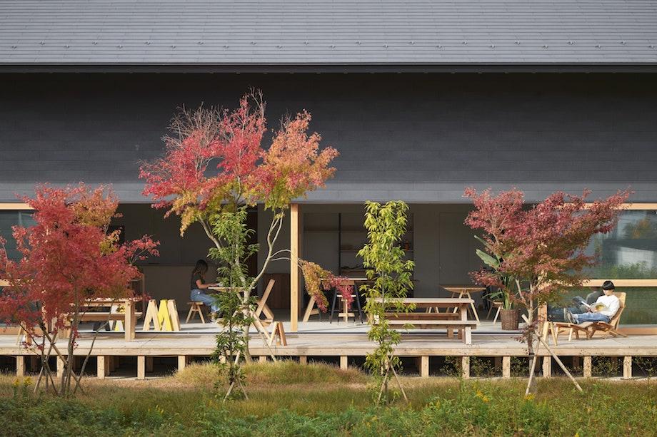 芦沢啓治建築設計事務所〈Ishinomaki Home Base(石巻ホームベース)〉