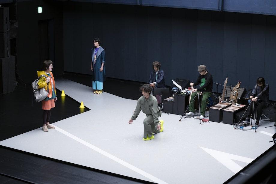 KAAT神奈川芸術劇場プロデュース 『未練の幽霊と怪物―「挫波」「敦賀」―』