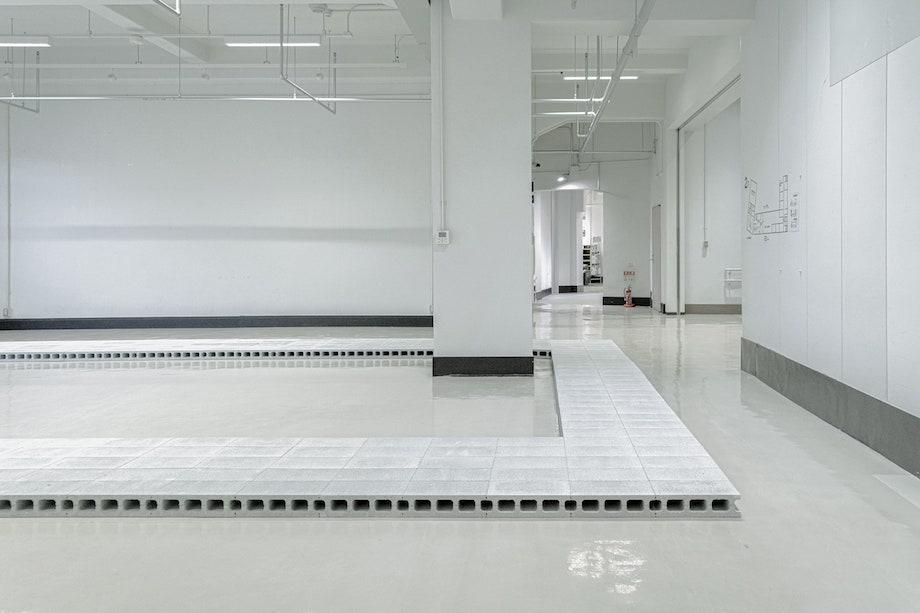中村竜治〈FormSWISS 神戸展 空間設計〉