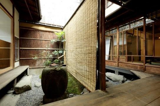 京都「たわら庵」内観
