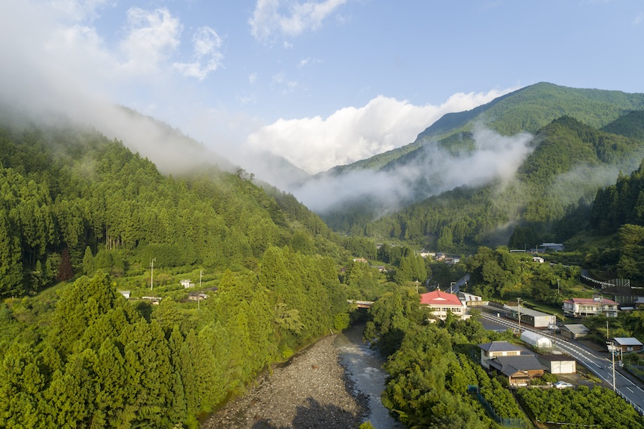 未来コンビニがある徳島県旧木頭村北側集落